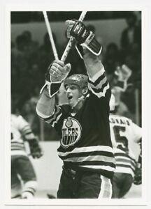 1980's WAYNE GRETZKY #99 Vintage Hockey Photograph EDMONTON OILERS Celebrates!