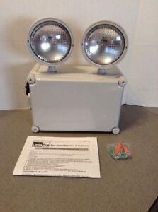 NEW LUMAPRO 120/277V Incandescent Emergency Light, 5.4W, White Plastic 40CP81