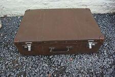 Très ancienne valise ou malle 1