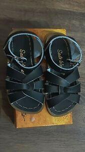 New Sun-San Salt Water Sandals, original style,black, tod.9,NWT