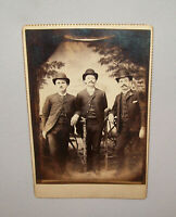 Old Antique Vtg Ca 1880s Group of Three Fancy Dudes Cabinet Card Photograph Nice