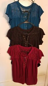 NOBO Green, Black or Red Short Sleeve Crepe & Lace Blouse Womens Juniors M 7-9