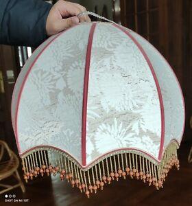 Grand Abat Jour Ancien Tissu et perles/lampe ancienne/old lampshade