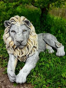 Beautiful LION STATUE Highly Detailed Stone Garden Onament Decor