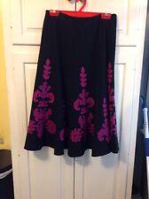 Sunny Leigh Black w/Magenta Appliqué Career Ponte Flare A-line Skirt Sz 10 EUC