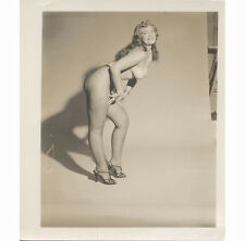 SEXY PIN UP GIRL NATURAL LOOKING BREASTS BIG BUSTED WOMEN RETRO ADULT PHOTO