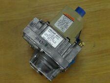 Unused Honeywell VR8304P-4413 Gas Valve VR8304P4413 Blodgett Combi R4713