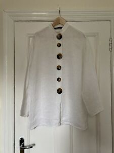 Zara white linen tunic/top with large statement tortoiseshell buttons, M (L)