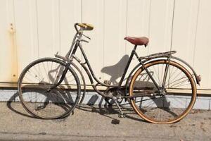 a74t24- Oldtimer Wanderer Damen Fahrrad
