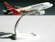 Csa Czech Airlines-Prague-airbus a319-100 - 1:200 Herpa SNAP-fit 611138 a319