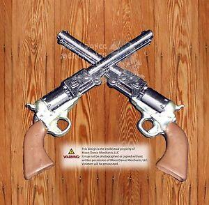 "WesternTack Crossed 1861 Colt Revolver Pistols 1 1/2"" Concho Hat Pin"