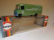 ++ 1/87 Herpa Mercedes-Benz 508D Transporter lang grün Kieserling NEU