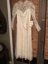 DANCE ALLURE SZ 9/10 IVORY CREAM BELOW KNEE LENGTH WEDDING DRES