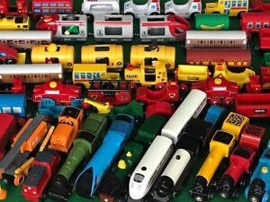 lots individual GENUINE BRIO TRAINS for THOMAS & FRIENDS WOODEN RAILWAY set