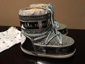 BRAND NEW CHIARA FERRAGNI Women's Winter Flat Boots / Snow Boots