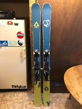 Surface Skis Daily 181 cm Powder Skis Twin Tip