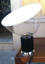 lampada design recente taccia grande nera in vetro achille castiglioni per flos