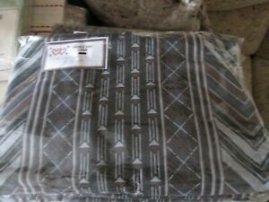 black double quilt / duvet cover and 2 pillowcases retro funky black