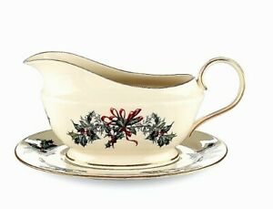 Lenox Winter Greetings Ivory Gravy Sauce Boat 24K Gold NEW IN BOX