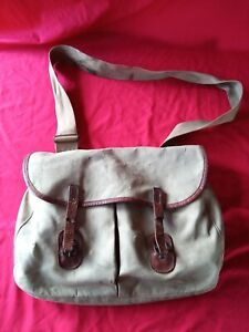 Vintage  Shoulder Canvas Fishing Bag.  Brady,  Halesowen.  Used.