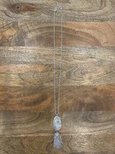 Kendra Scott Rayne Long Pendant Necklace in White Gold / Ivory Shell