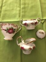 Lots Of 4 Royal Standard Fine Bone China Made In England Red/ Gold Cup/Creamer