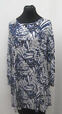 Thigh-length long sleeve blue and white floral semi-fitted dress size 16