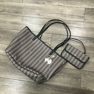 New DKNY GEMMA REVERSBLE Tote With Pouch & Keychain Black and Brown