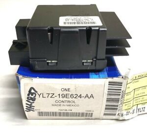 New OEM Ford Expedition Temperature-Blower Motor Switch 1993-04 YL7Z19E624AA