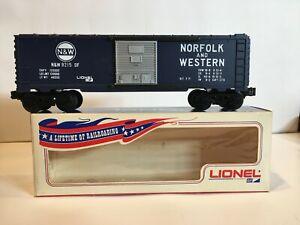 Lionel 9215 Norfolk & Western Box Car New