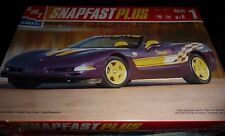 AMT CHEVY CORVETTE 1998 INDY PACE SNAP MODEL CAR MOUNTAIN 1/25 fs