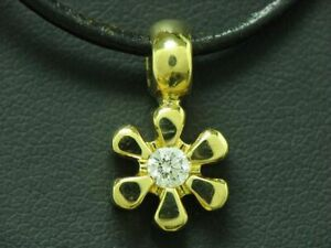 18kt 750 Yellow Gold Flowers Pendant With 0,13ct Brilliant Trim/Diamond/Floral