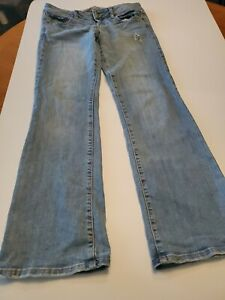 Women's Size 6 - American Eagle - Favorite Boyfriend Lowrise Stretch Jeans