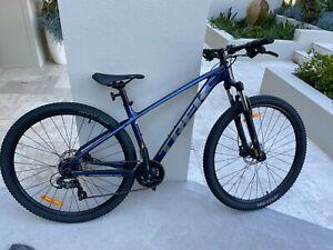 Marlin Trek 5 Womens Mountain Bike (Blue)
