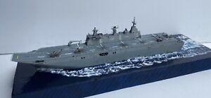 HMAS Canberra 1/700 Built L02