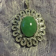 Genuine Beautiful 10ct Jadeite Jade (Type A) 925 Silver Pendant with Chain