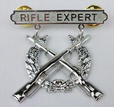 US USMC MARINE CORPS RIFLE QUALIFICATION EXPERT SHOOTING BADGE PIN CLASSIC