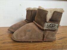 UGG Infant Baby Chestnut Toddler Shearling Suede boots S/n 5202 Size M 12-18