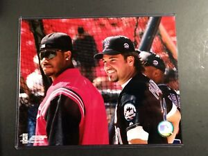 KEN GRIFFEY JR. & MIKE PIAZZA 8X10 PHOTO Cincinnati Reds / New York Mets
