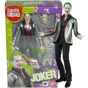 The Joker Suicide Squad Action Figure KO S.H Figuarts Bandai DC Comics 29