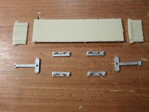 Lynton & Barnstaple Bogie platform wagon, OO9 resin & whitemetal kit