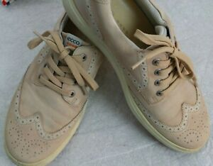 ECCO Shoe Oxford Tie Beige Leather Spiked  Sole  Wing Tip Toe 8;81/2 w or 41