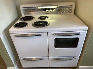 "Vintage Kalamazoo 40""W Electric Range 1952 Oven -porcelain/white, works great!"
