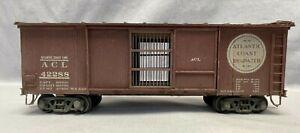 2 Rail O Scale Atlantic Coast Line Produce Box Car 42288 Built from Kit