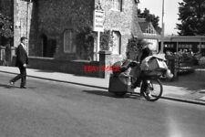 PHOTO  1964 UPPER BEEDING SUSSEX WELL LOADED A GENTLEMAN OF THE ROAD PASSING THE