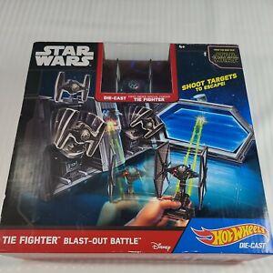 Star Wars Hot Wheels Die-Cast The Fighter Blast-Out Battle Disney