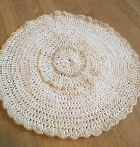 """Round Handmade-crochet Rug-Cotton-Beige-White Unique 25"""" Deko"""