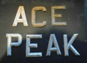 """ACE PEAK NUMBER PLATE DIGITS / LETTERS  3 1/2""""  1950s"""