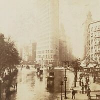 Flat-Iron Building NYC Fifth Avenue & Broadway Street Scene Singley Stereoview