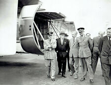 1959 Original Photo Officials inspect Fairey Rotodyne gyroplane at Farnborough